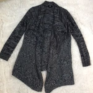 Iz Byer Sweaters - Adorable cardigan EUC black and gray sz Small